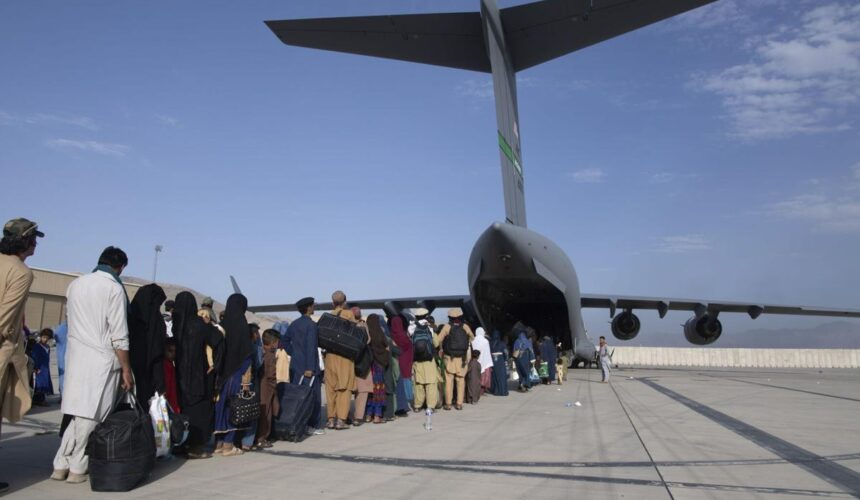 Lifeline Afghanistan Launched to Support Canada's Goal to Resettle 20,000 Afghan Refugees